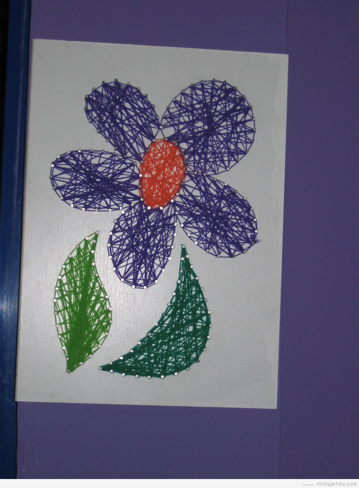 Crafts for kids, simple flower String Art