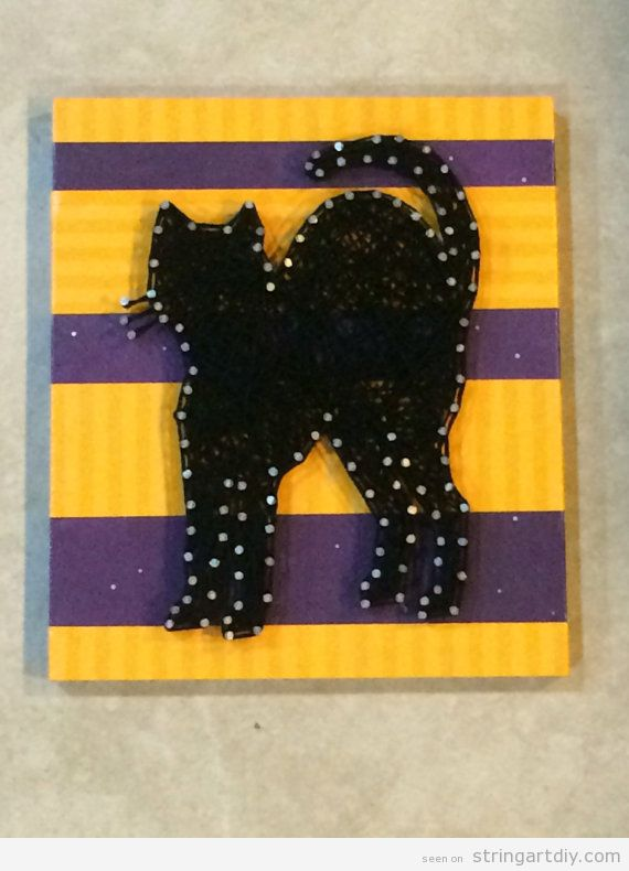 Black cat String Art DIY for Halloween decorations