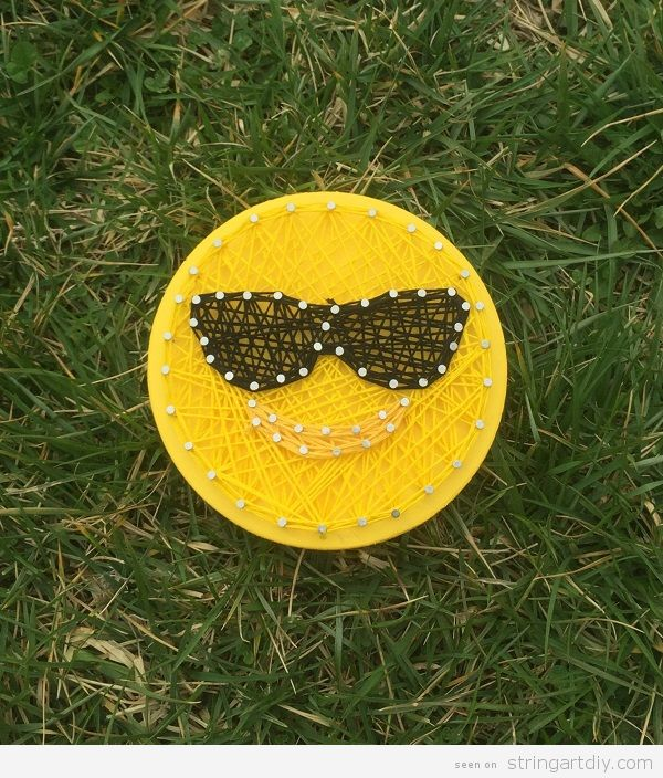 Emoji sunglasses String Art